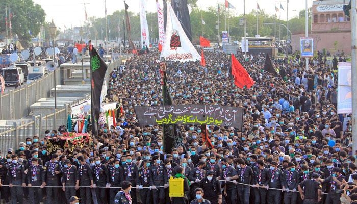 یوم شہادت حضرت علیؑ عقیدت و احترام کے ساتھ منایا گیا، سخت حفاظتی اقدامات
