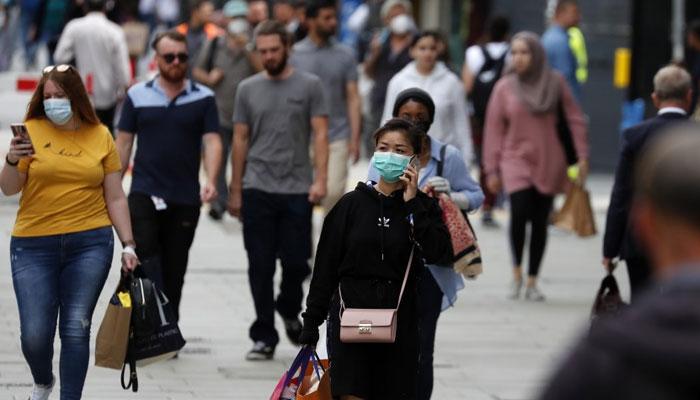 بیرون ملک سفر کی تیاریاں، گرین لسٹ والے ممالک سے واپسی پر قرنطینہ نہیں کرنا پڑے گا