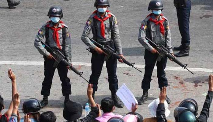 میانمار میںفوجی بغاوت کے 100 دن ، ملک کو انتشار میںدھکیل دیا