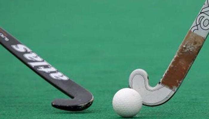سنیئر اور جونیئر ہاکی کھلاڑیوں کے درمیان چھ میچز کی سیریز کا فیصلہ