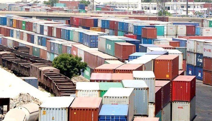 رواں مالی سال،  تجارتی خسارہ 30.56 فیصد، برآمدات 22 ارب 56 کروڑ ڈالر
