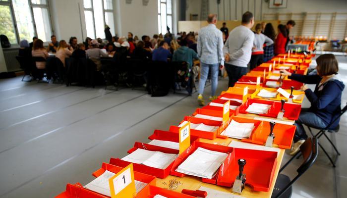 سوئٹزر لینڈ، سولوتھرن میں کل الیکشن 13 نشستوں پر پاکستانی نژاد سمیت52 امیدوار