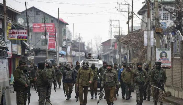 وائس آف کشمیر کا بارہ مولہ میں جھڑپ کی شفاف تحقیقات کا مطالبہ