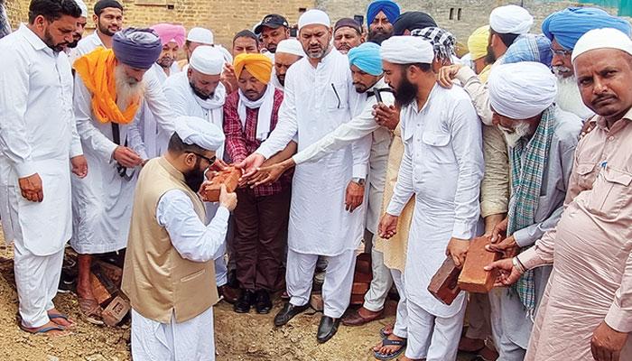 بھارتی پنجاب میں سکھوں اور ہندوؤں کے تعاون سے مسجد کی تعمیر