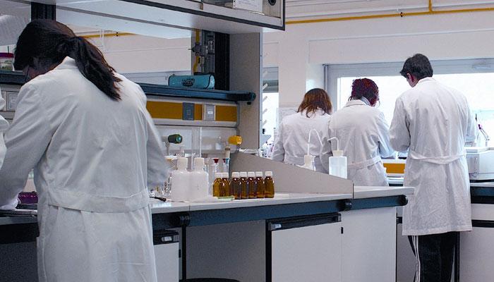 دنیا بھر میں سائنس دانوں کی تعداد8.8ملین تک پہنچ گئی، رپورٹ