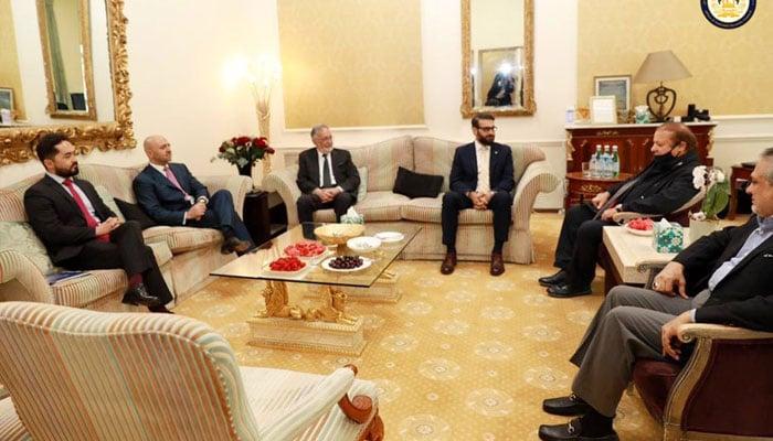 ایک عرب ملک نے نواز شریف سے افغان نمائندے کی ملاقات کا بندوبست کیا