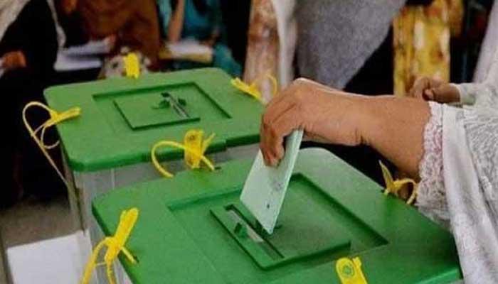 آزاد کشمیر، 261 آزاد امیدواروں کی غیر معمولی تعداد کو شکست