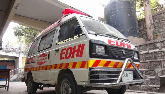 2 افراد کی لاشیں ملیں، فائرنگ اور ٹریفک حادثے میں 2 جاں بحق، 6 زخمی