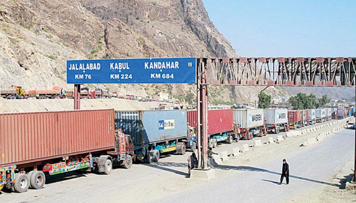 پاک افغان سرحدی چوکی پر طالبان کا قبضہ، ٹرکوں کے اخراجات بڑھ گئے