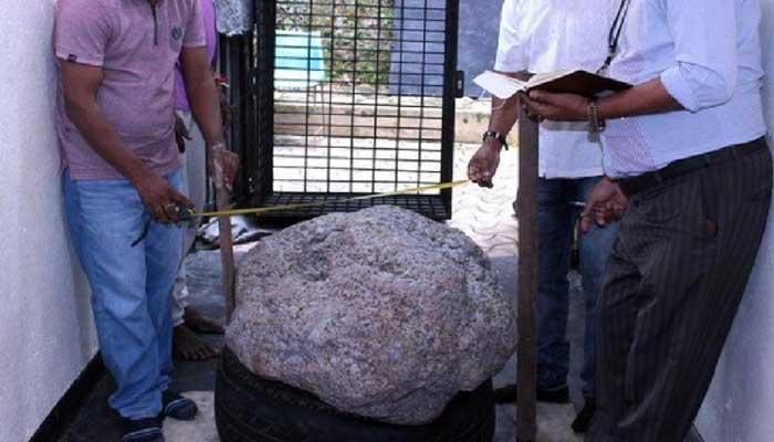 سری لنکا، 10کروڑ ڈالر مالیت کا 510 کلو گرام کا بیش قیمتی نیلم دریافت