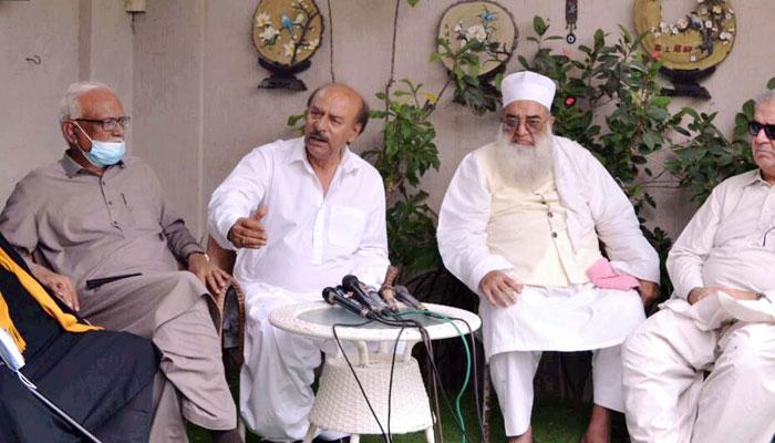 مولانا تنویر الحق تھانوی نےتحریک انصاف چھوڑدی،پی پی میں شامل