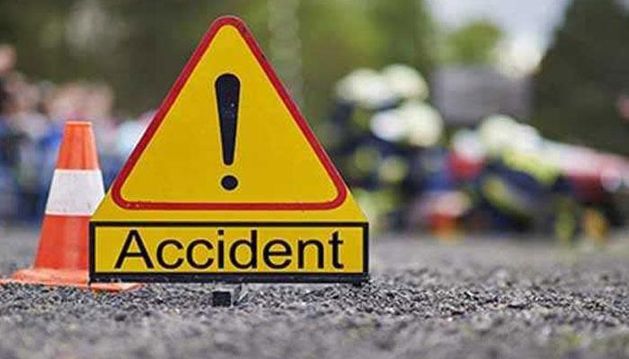 ٹریفک حادثے اور ٹرین کی ٹکر سے 2 افراد جاں بحق