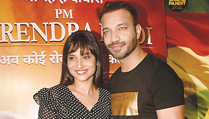 انکیتا لوکھنڈے جلد وکی جین کے ساتھ شادی کرنے جارہی ہیں