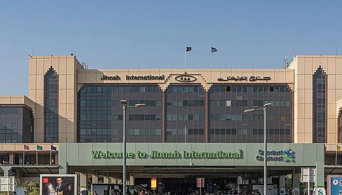 جدہ سے کراچی پہنچنے والے 14  مسافروں میں کورونا کی تصدیق