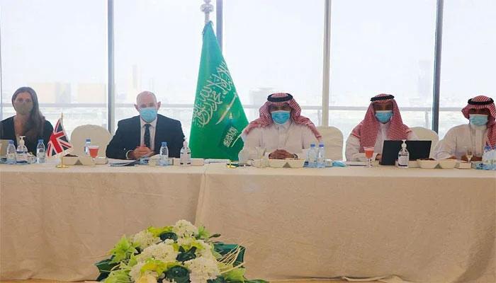 سعودیہ، امارات، امریکا و برطانیہ کا یمن بحران کے سیاسی حل کیلئے کوششوں پر اتفاق