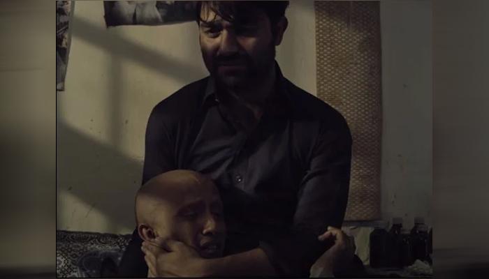 'کازان فلم فیسٹیول' میں سندھی زبان کی فلم 'اے ٹرین کراسز دی ڈیزرٹ' پیش