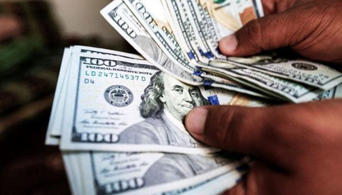 ڈالر کو پر لگ گئے