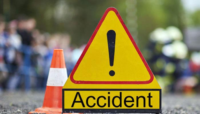 ٹریفک حادثات میں خاتون اور ایک شخص جاں بحق، 2 افراد کی لاشیں ملیں
