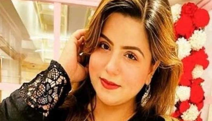 قابل اعتراض ویڈیو وائرل کرنے پر عائشہ کیخلاف مقدمہ درج کرنیکا فیصلہ