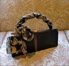 ہینڈ بیگ بنا  فیشن ادھورا :خواتین میں مقبول ہینڈ بیگ اور کلچز کے 5مقبول اسٹائل