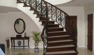 سیڑھیاں بنوانے کے نت نئے اور جدید انداز