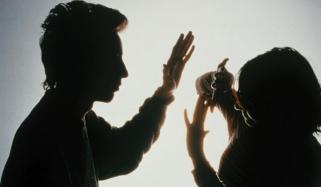 خاتون گھریلو تشدد کی بھینٹ چڑھ گئی