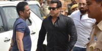 دنیا بھر میں دبنگ خان کی گرفتاری کے چرچے!! اور ذکر کچھ فلم ''باغی 2'' کا