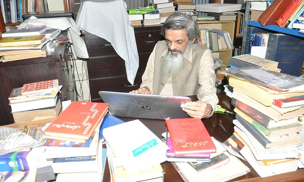 ممتاز محقق،ماہر السانیات اور طنز ومزاح نگار ،ڈاکٹررؤف پاریکھ سے ملاقات