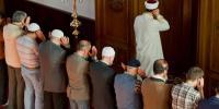 اگر امام سے دل صاف نہ ہوتو اس کے پیچھے نماز پڑھ سکتے ہیں؟