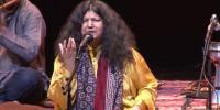 عالمی شہرت یافتہ صوفی گائیکہ، عابدہ پروین کی باتیں