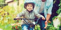 والدین بچوںکو سائیکل چلانے کی ترغیب دیں
