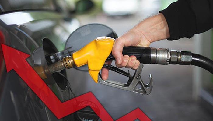 پاکستان میں تیل کی قیمتوں میں اضافہ