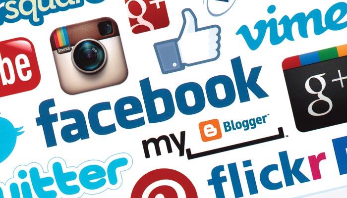 فیس بک ''گروپ'' کی دنیا