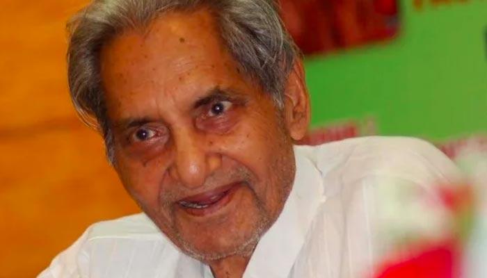 اُردو اور ہندی کے باکمال شاعر ''گوپال داس نیرج''