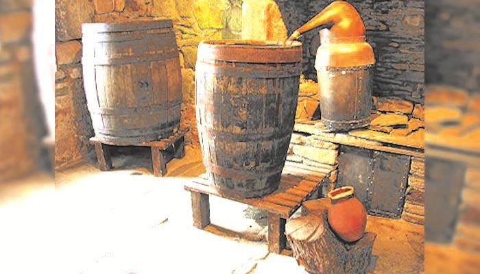 کچی شراب کی فیکٹریاں