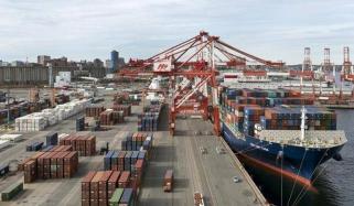 امریکا کے ساتھ تجارتی جنگ کے باوجود چین کی برآمدات نے تمام اندازوں کو مات دے دی