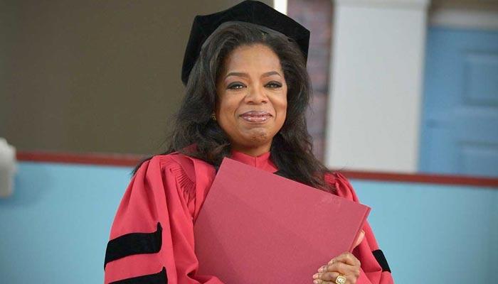 ڈاکٹریٹ کا اعزاز رکھنے والے ہالی ووڈ اور بالی ووڈ فنکار