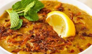 گھر بھر کی پسند چٹ پٹا حلیم اور خستہ نان