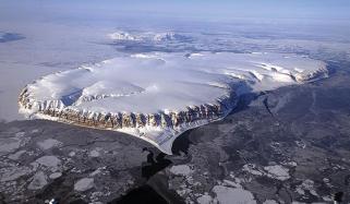 قطبین کی برفانی چادر کی پیمائش