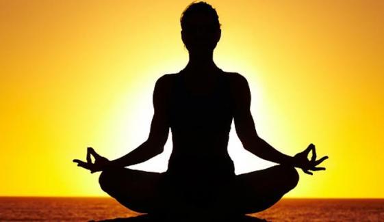 یوگا کیجیے ہمیشہ صحت مند تر و تازہ رہیے