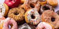 میٹھا کھانا ہے یا نمکین، دونوں ذائقے ڈونٹس میں