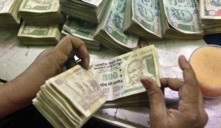 روپے کی قدر میں بہتری کیلئے بھارت نے درآمدات پر ٹیرف میں اضافہ کردیا