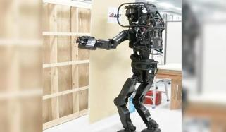 مزدروں کی کمی دور کرنے کے لیے ''مستری روبوٹ '' تیار