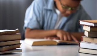 پاکستان میں سو فیصد خواندگی کا تناسب کیسے ممکن ہوسکتا ہے؟