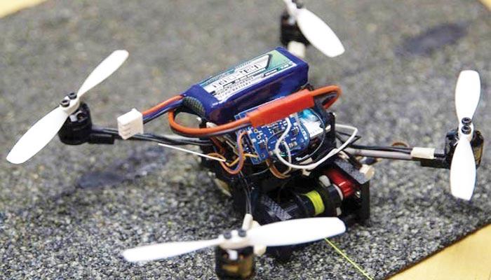 وزن اُٹھانے اور دروازہ کھولنے والا ڈرون متعارف