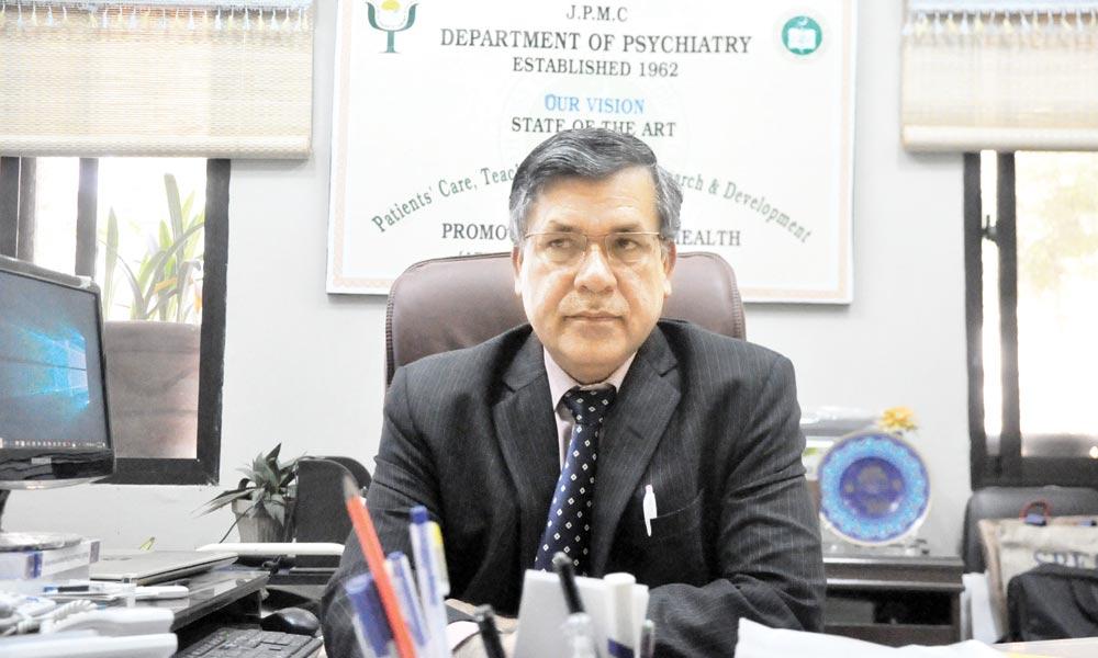 پاکستان میں ہر تیسرا فرد کسی نہ کسی ذہنی و نفسیاتی عارضے کا شکار ہے، ڈاکٹر محمد اقبال آفریدی