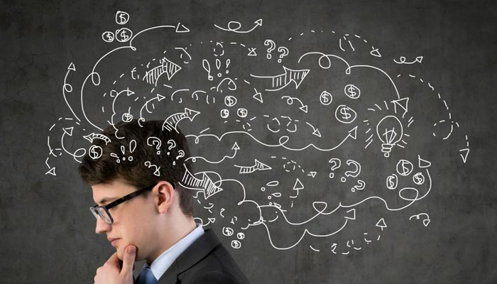 ذہن سے منفی اور غیرضروری خیالات نکالیں