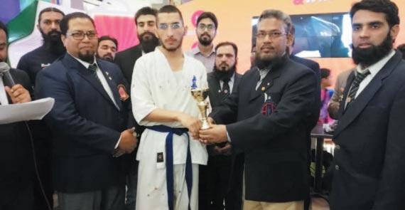 پاکستان اولمپک ایسوسی ایشن کے اہم فیصلے، ہاکی میں طویل قامت گول کیپرز مل گئے