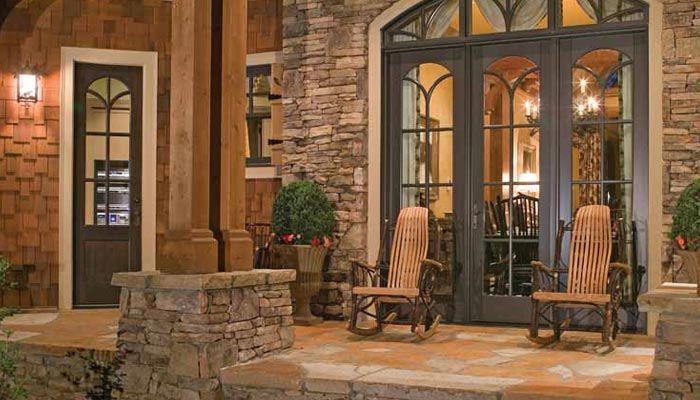 تعمیرات میں گھر کو پتھروں سے سجائیں