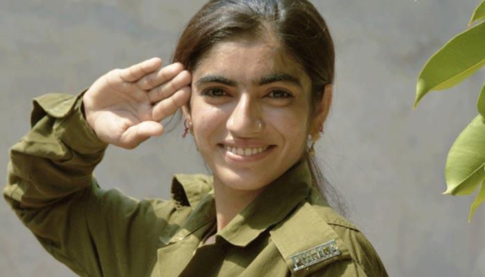 چنیوٹ کے گاؤں کی پہلی پولیس کانسٹیبل ''ثمینہ نورین''